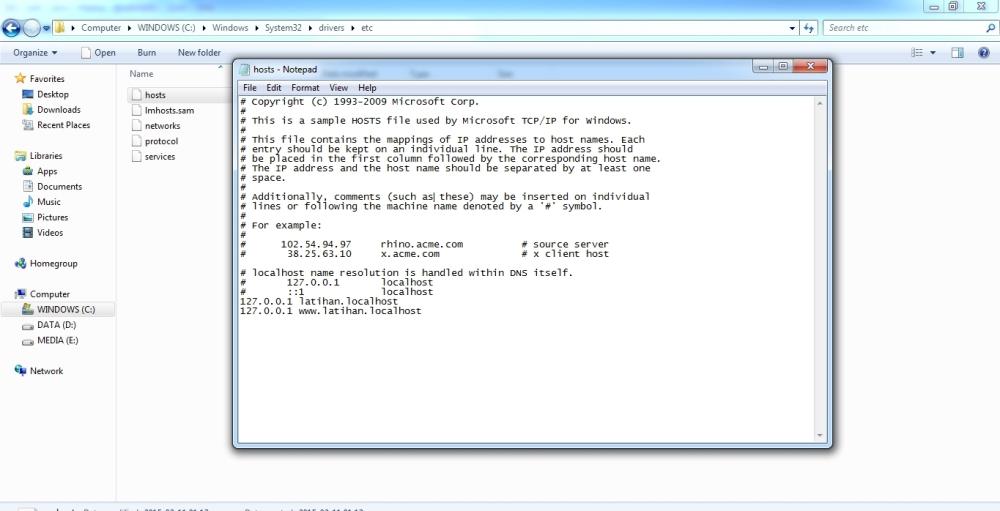 Edit file hosts yang ada di C:\Windows\System32\drivers\etc\ dengan menggunakan Administrator permission privileges