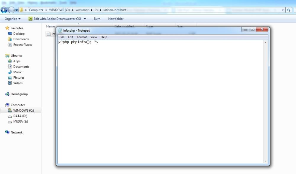 Kode PHP untuk testing menggunakan phpinfo();